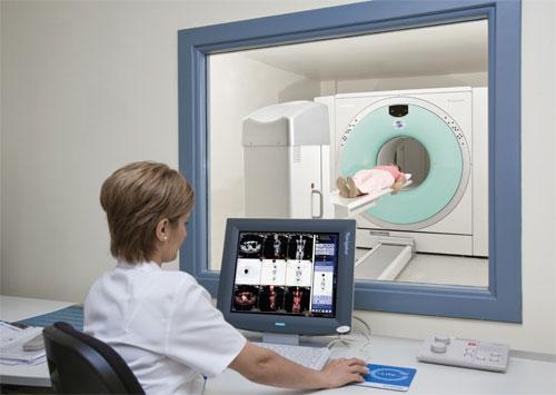 Инфекция на костите се диагностицира чрез изследвания на кръв, пункция и инструментална диагностика