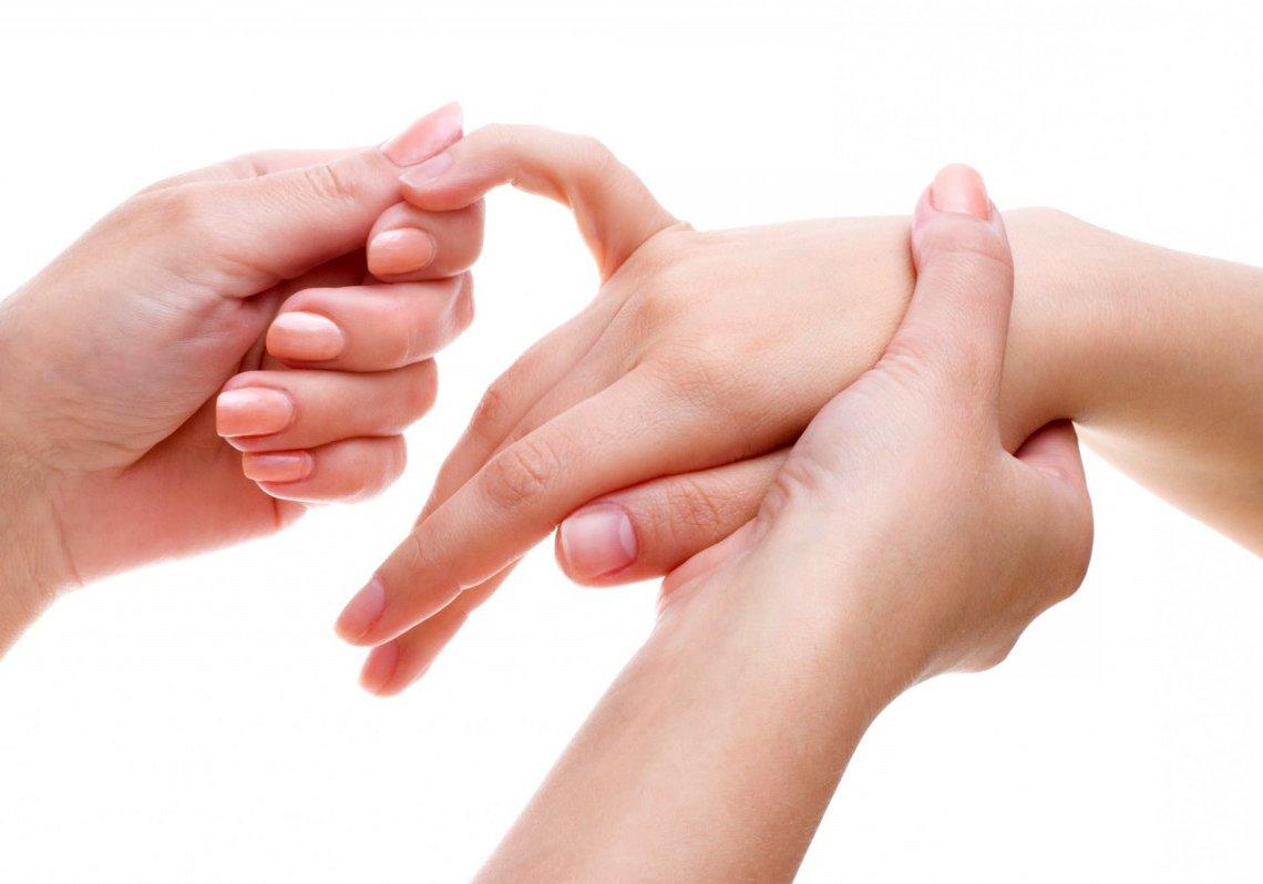 Само биологичната терапия спира рушенето на ставите