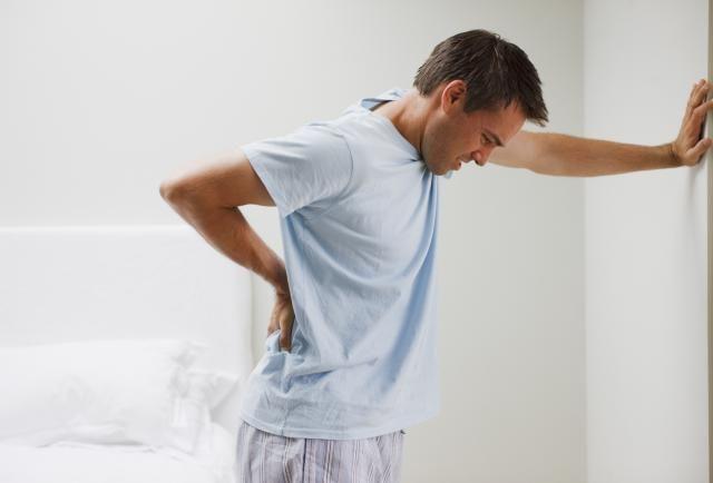 Сковаността се появява при всички хронични патологии на ставите – артрити.