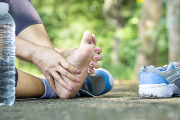 Различни мазила от народната медицина борят болката в ставите - рецепти!